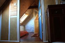 cloison en colombage terre et chanvre dans une chambre