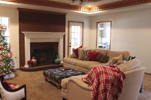 Brilliant Living Room Paint Colors with Oak Trim 640 x 427 · 88 kB · jpeg