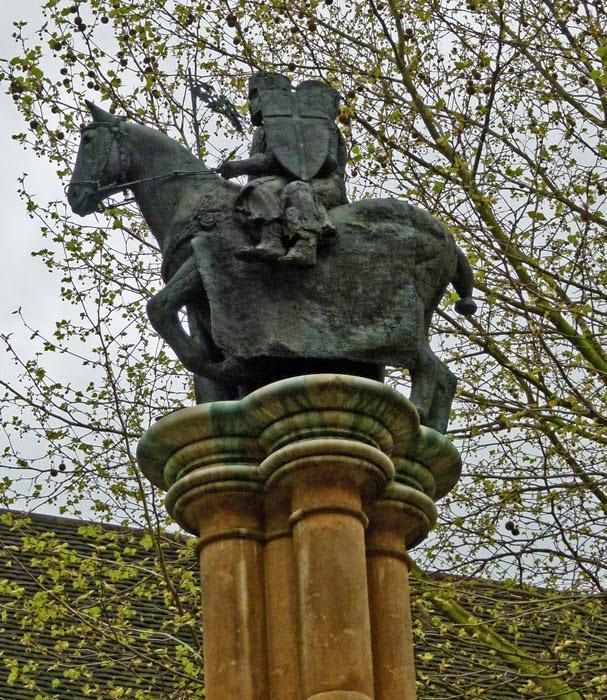Two knights sharing a horse, Knights Templar, milennium 2000, Temple Church