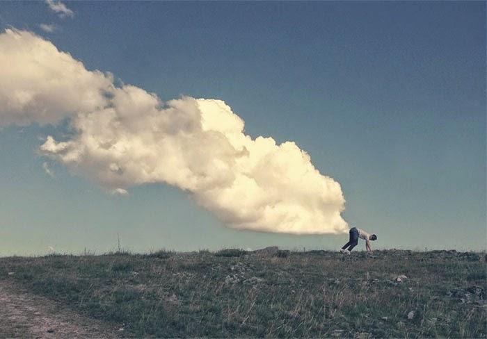 TERBAIK Menggunakan Imaginasi Mengambil Gambar Yang Menarik Dengan Awan