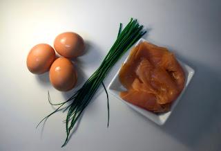 Huevos con salmón ahumado y mantequilla - ingredientes