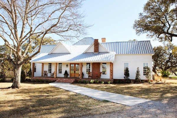Vintage Farmhouse Fixer Upper