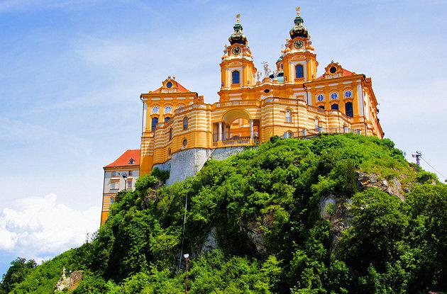 أشهر المزارات السياحية في مدينة ميلك في النمسا