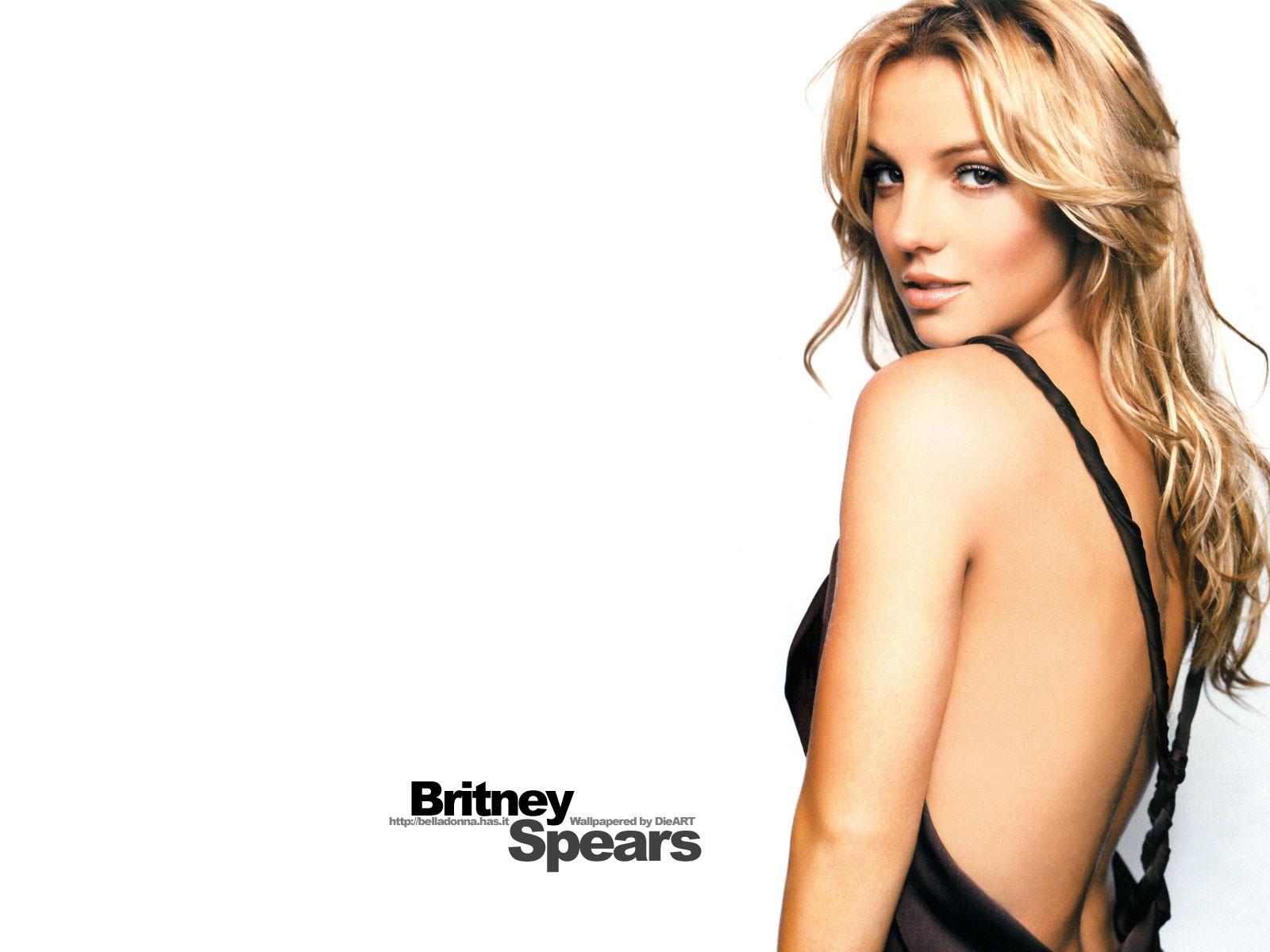 http://3.bp.blogspot.com/-ekJg-VA3_2k/TmRfvtNcWBI/AAAAAAAAE_g/iaPxVrDgILc/s1600/Britney-Spears-487.jpg