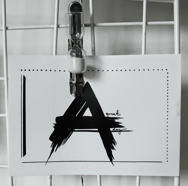 vykort i svartvitt, svartvita, svart och vitt, svarta, vita, vitt, svart, kort, korten, vykorten, tusch, målning, litet konsttryck, konst, tryck, artilleriet klämma, timglas på klämma, klämman, klämmor, artilleriets,