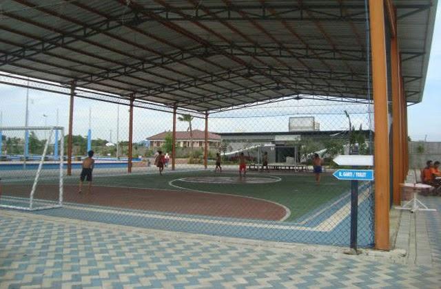 Lapangan futsal di Gerbang Mas Bahari Waterpark