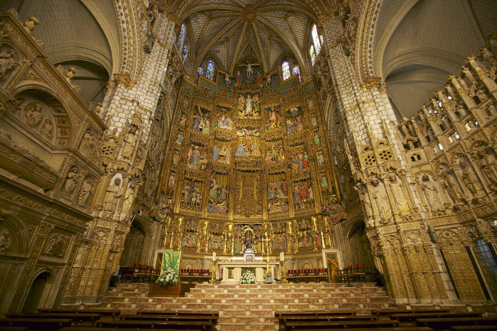 'Catholics and the New Age' - RenewAmerica