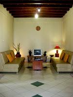 Tips Desain Lantai Kayu on Tips Desain Rumah Minimalis   Rumah Minimalis Idaman Modern 2013