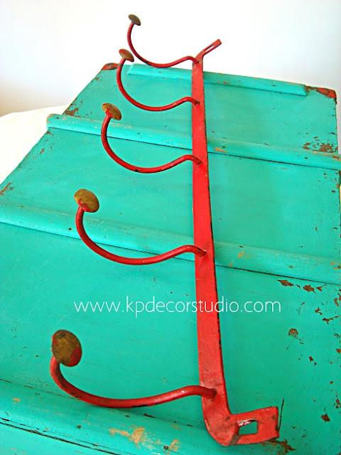 Percheros antiguos de forja estilo nórdico de campo artesanal vintage