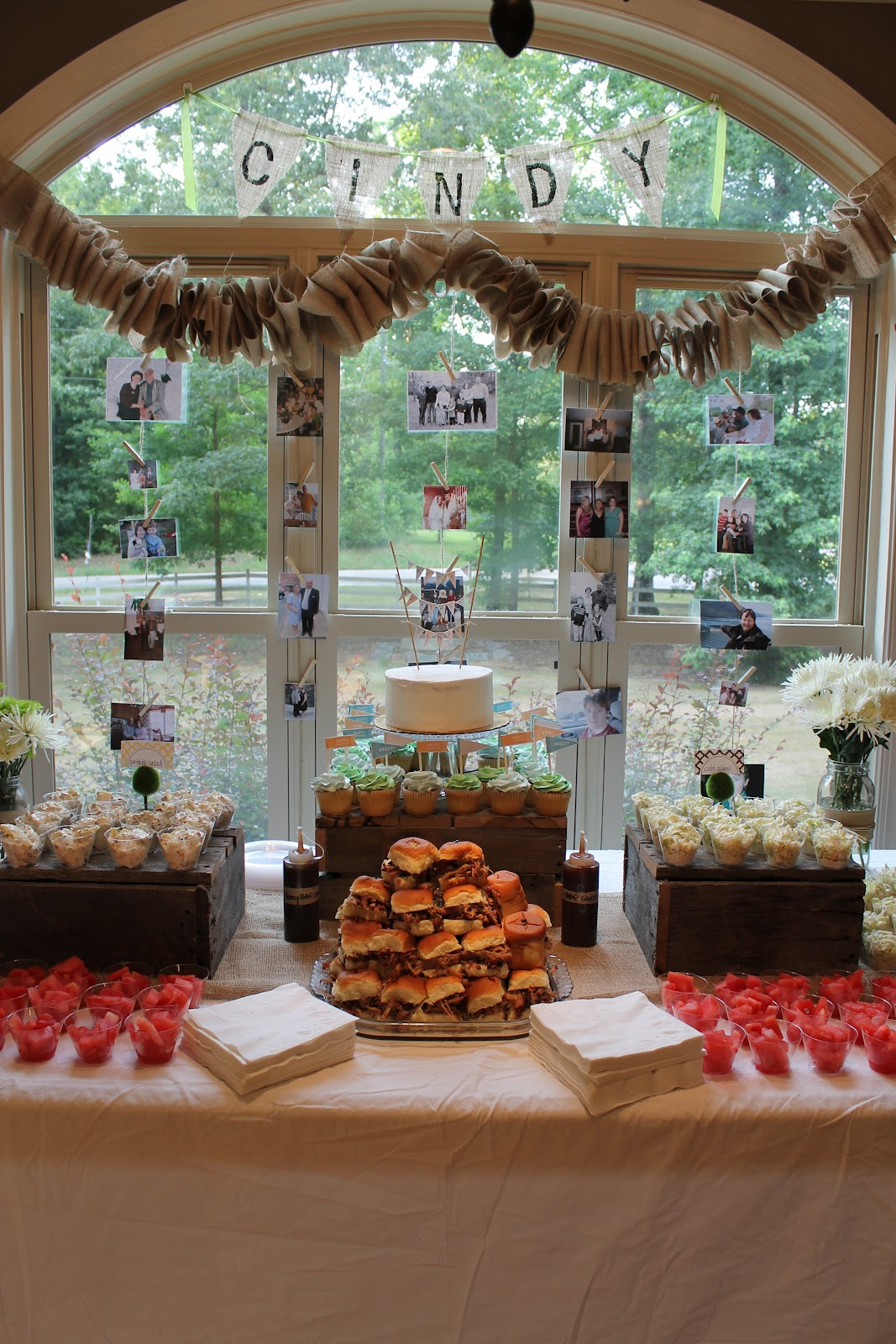 barbeque and burlap {a surprise 50th birthday party} - Life in the Green House