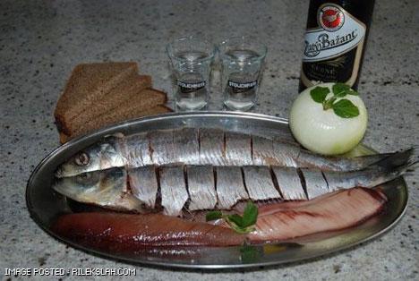 Makanan Pelik Orang Russia (10 Gambar)