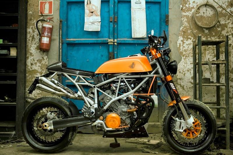 Custom KTM