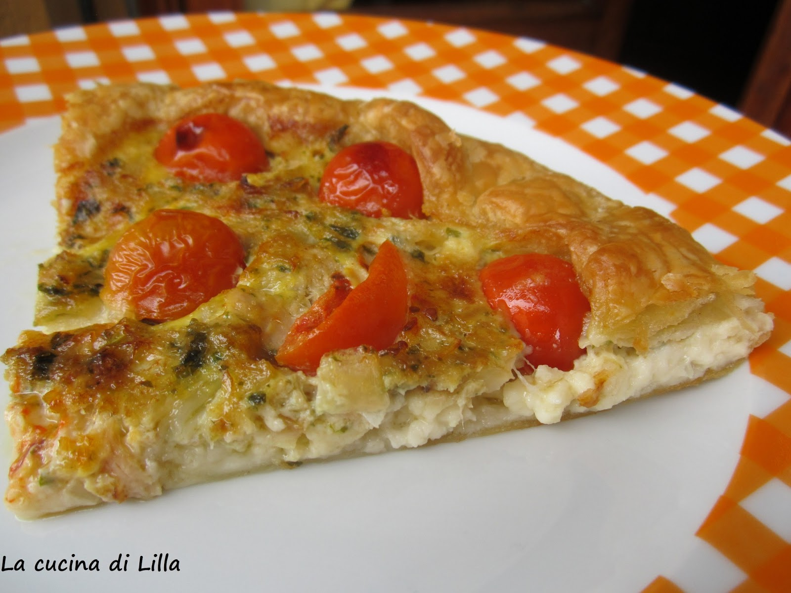 Torte salate torta salata tonno e stracchino for Torte salate con pasta sfoglia