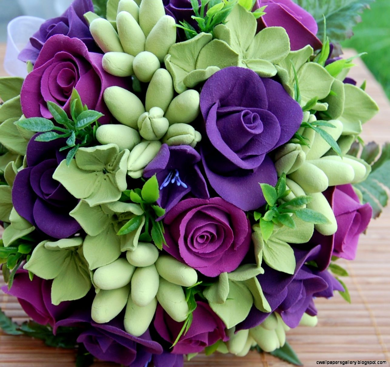 Beautiful Pictures Of Purple Roses  Bouquet Idea