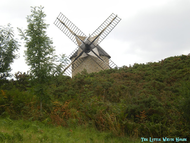 http://thelittlewhitehouseontheseaside.blogspot.fr/2013/03/mont-dol.html