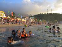 White Beach Puerto Galera, sunset at White Beach Puerto Galera, puerto galera beach, white beach, best beach puerto galera, how to go to puerto galera, batangas puerto galera trip