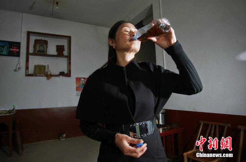 Literally bullshit, Hunan Villagers Drink Animal Feces Tea To Fight Cancer