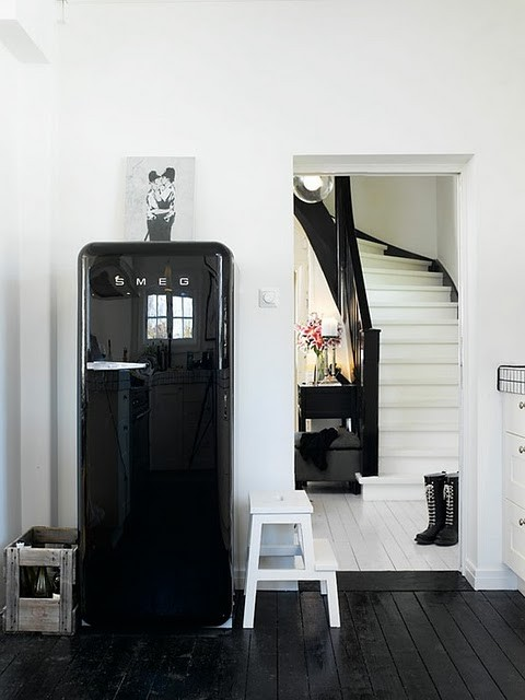 frigoriferi smeg elementi d 39 arredo bellissimi e. Black Bedroom Furniture Sets. Home Design Ideas