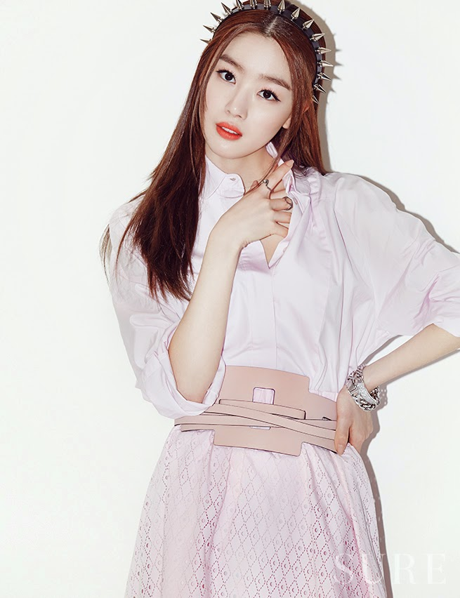 Sun Hwa - Vogue Girl Magazine May Issue 2014