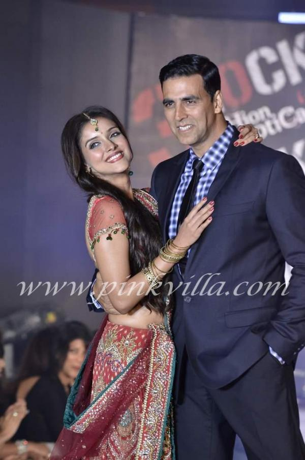 Asin in Bridal Dress Housefull 2 Akshay Kumar - Housefull 2 Bridal Fashion Show