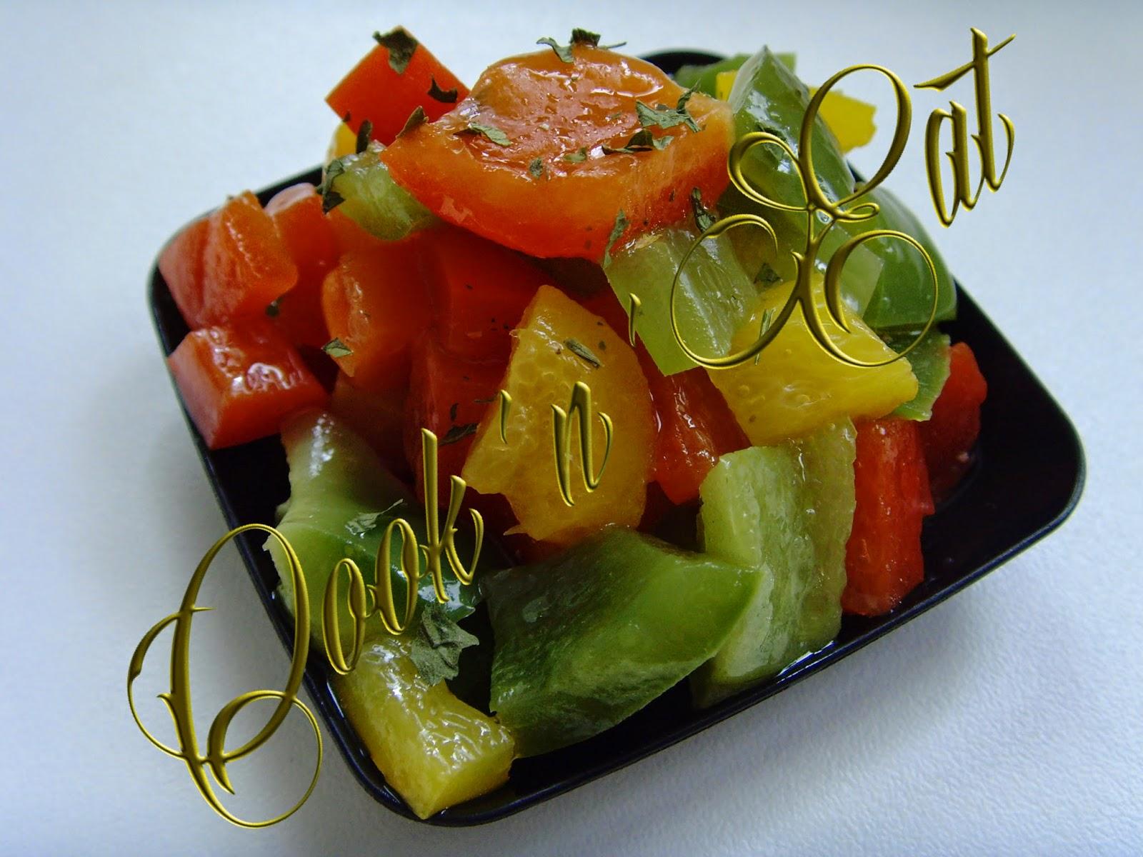 Cook 39 n 39 eat recette de salade de poivrons grill s - Salade de poivrons grilles ...