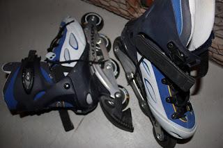 Rollerblades av märket Salomon som sagt, bra skick.