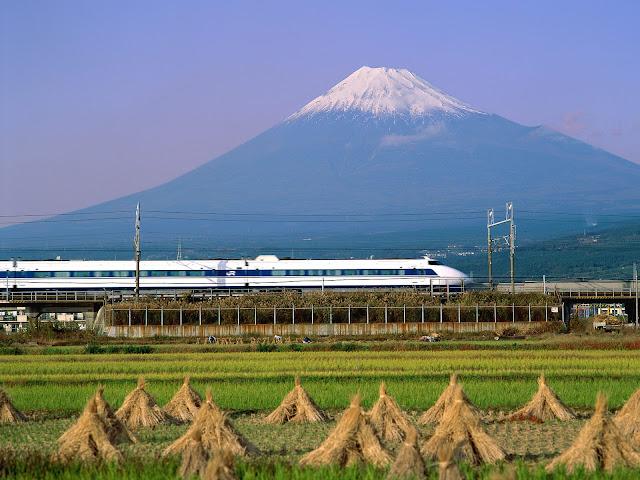 bullet_train%2C_mount_fuji%2C_japan.jpg (1600×1200)