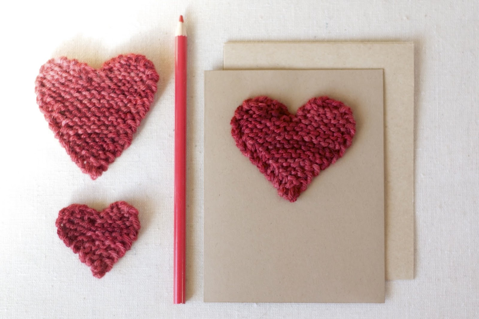 The Sitting Tree: Free Knitting Pattern: Valentine Hearts