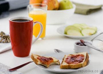 Saat Sedang Diet, Kapan Waktu Tepat untuk Sarapan, Makan Siang & Makan Malam?