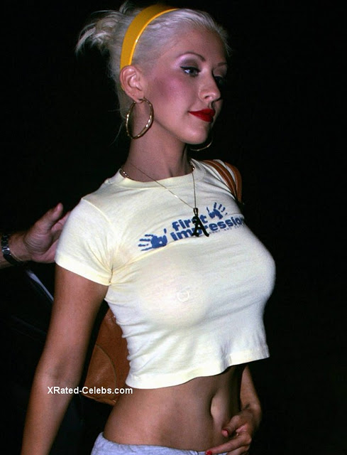 see nipples through aguilera Christina