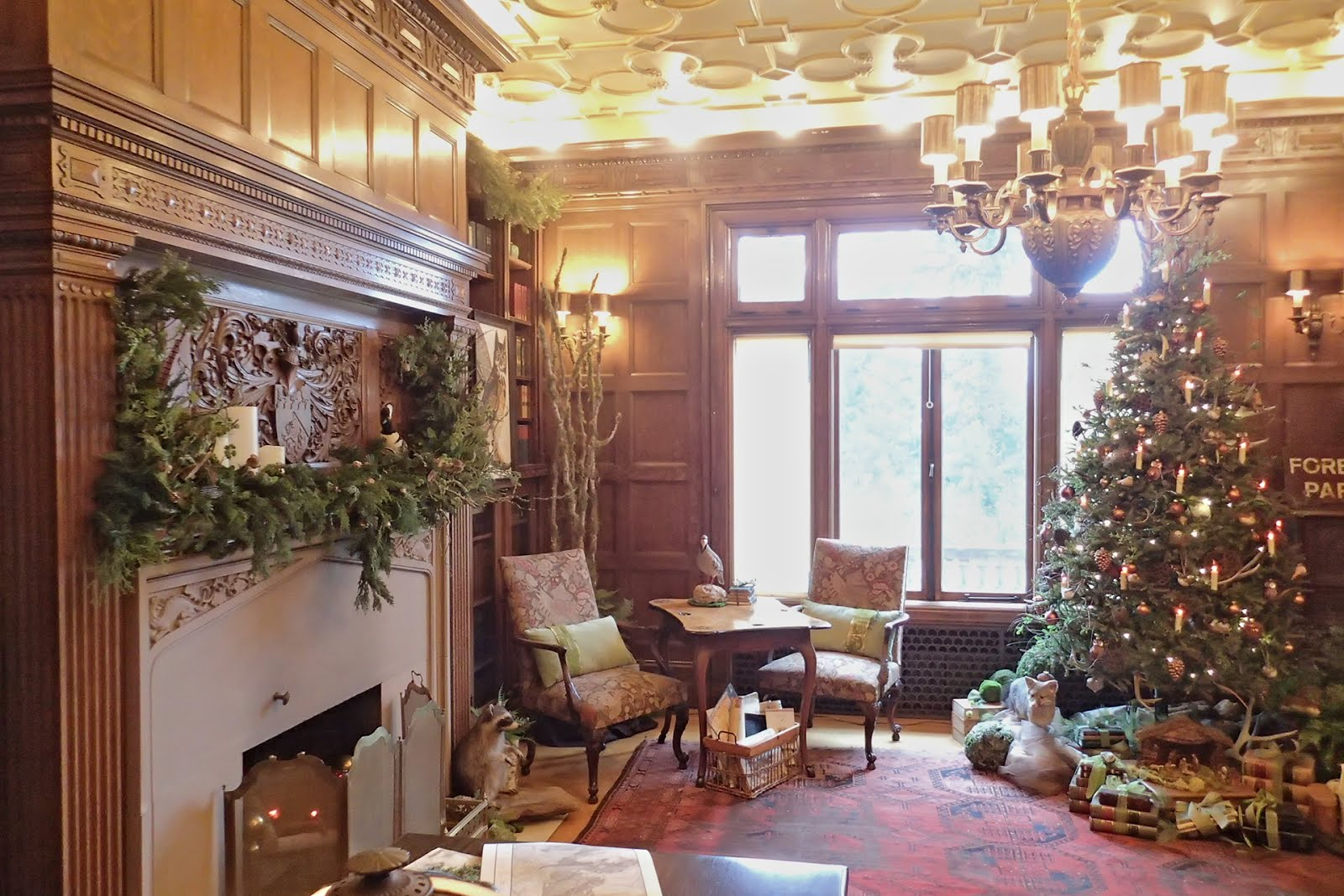 Casing Oregon Christmas In The West Hills Pittock Mansion