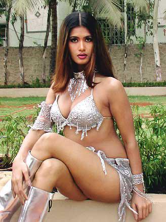 bikini photos Hot bhabhi