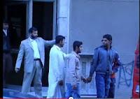 Βίντεο σοκ! Πακιστανοί απαγάγουν ομοεθνείς τους μέσα από τα σπίτια τους, στο κέντρο της Αθήνας
