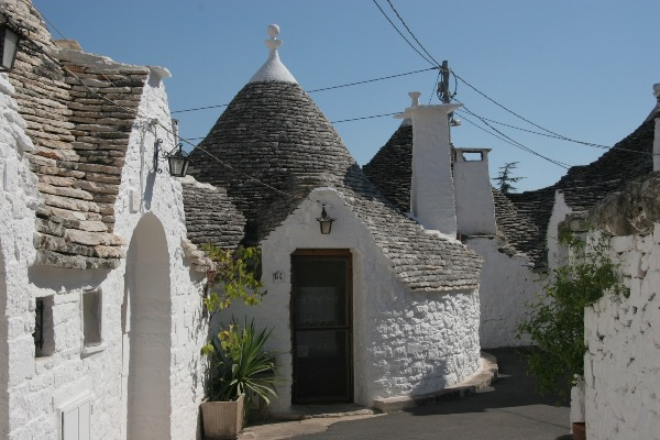 Il Trullo – Traditional & Luxurious Home Style