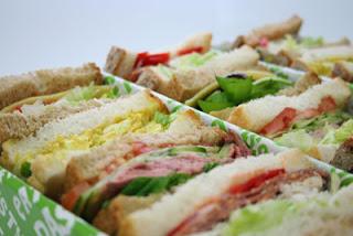 แซนด์วิชธัญพืช (veggie sandwich)