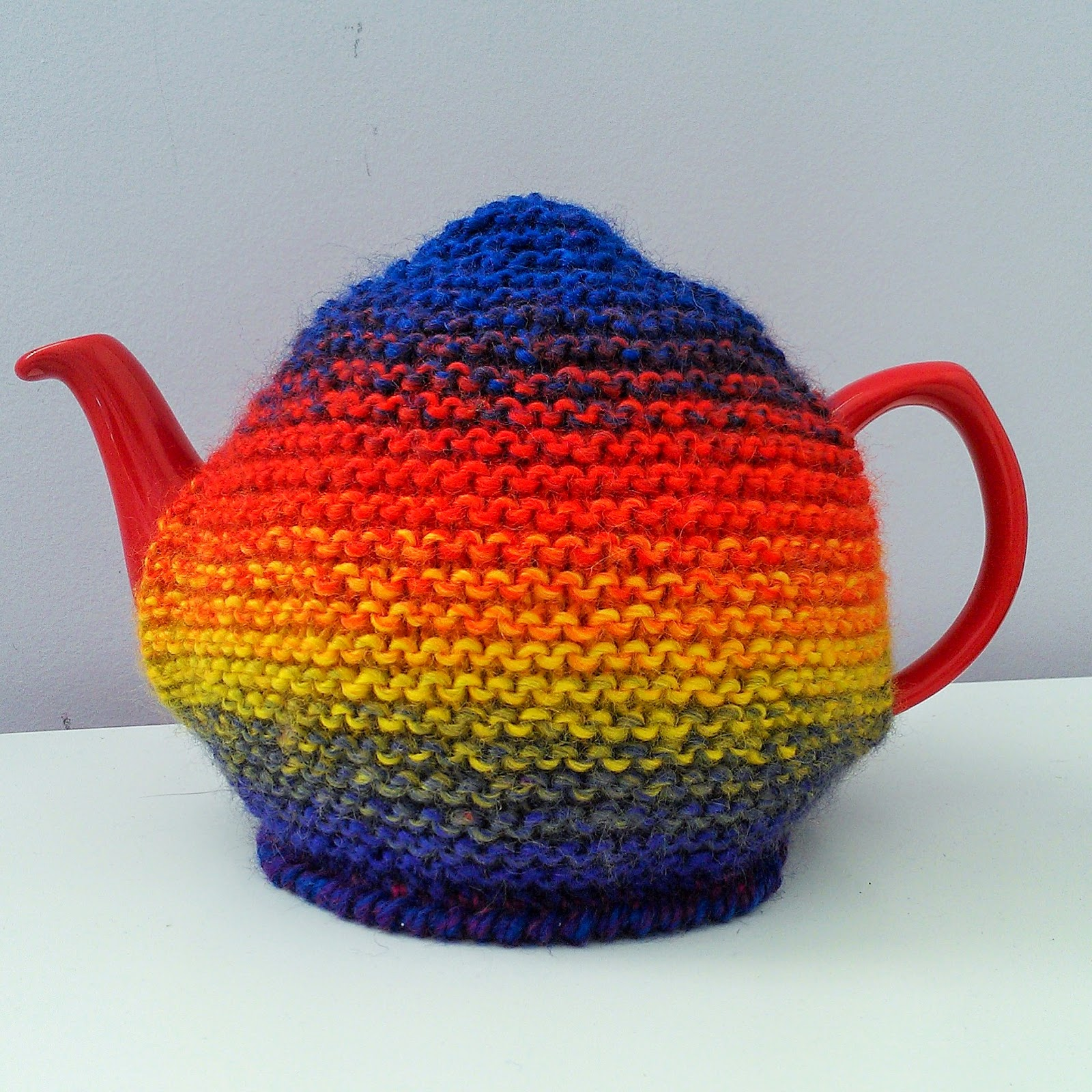 Basic Knitting Pattern For Tea Cosy : Craft a cure for cancer free tea cosy patterns: Decorating ...