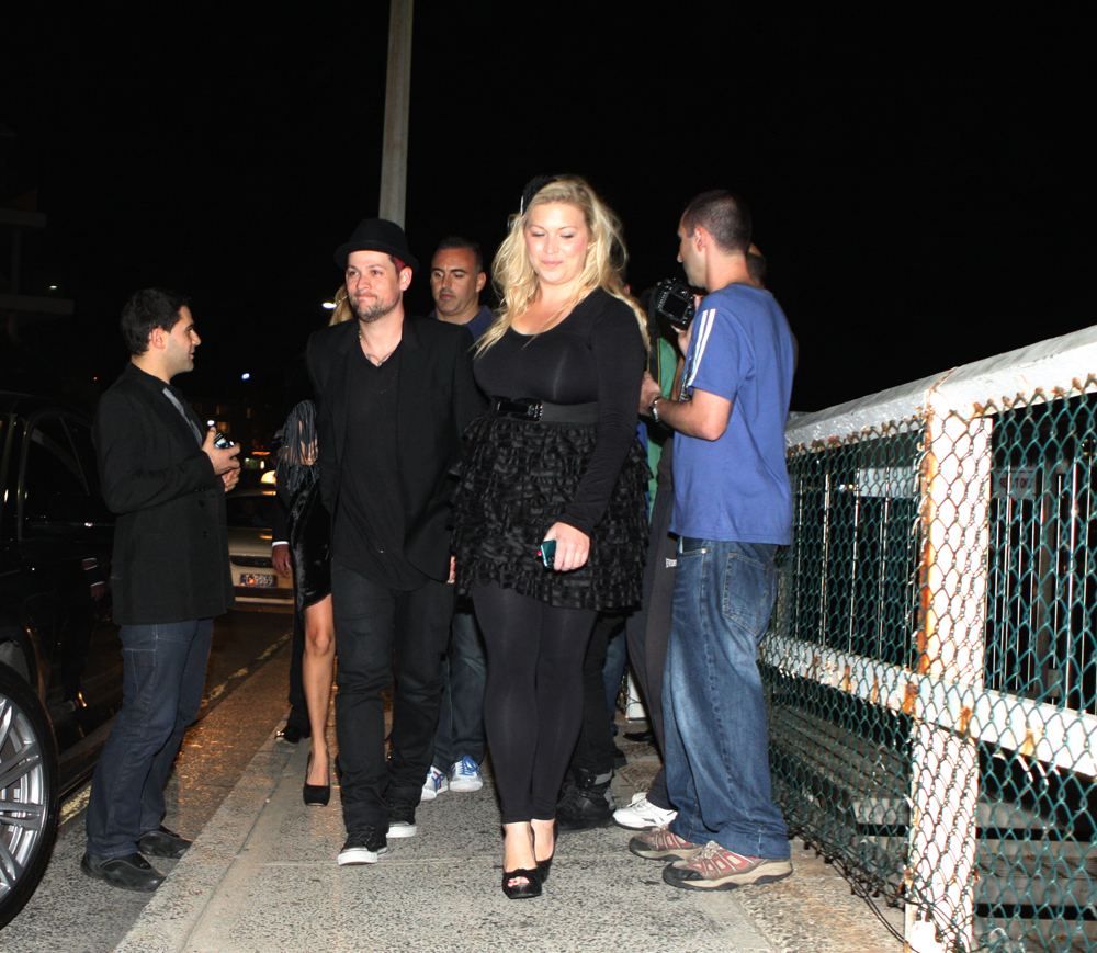 Student News Media: The Voice Judges, Celebrities Dine At
