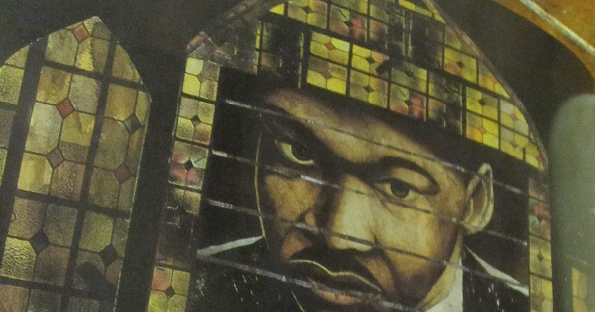 a brief review of the interesting and non violent life of dr martin luther king jr Dr martin luther king, jr: implications of the life of dr martin luther king jr during includes violent but brief scenes of police hosing.
