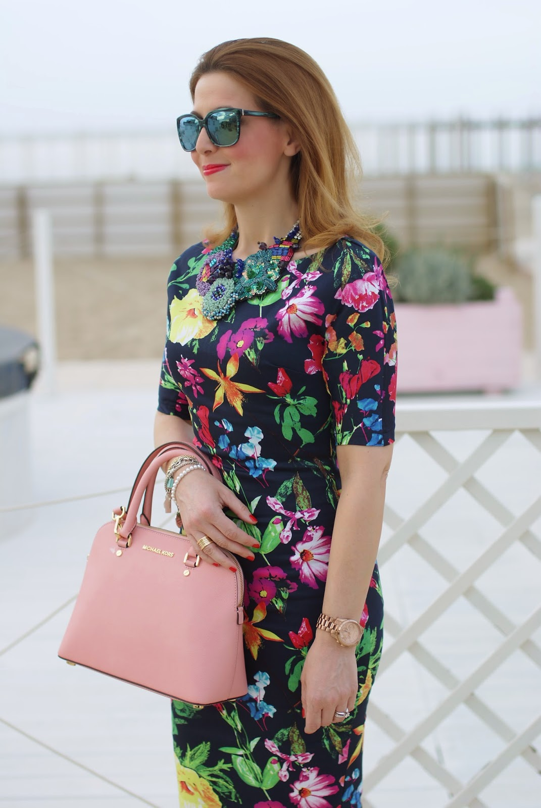 Ax Paris floral midi dress, Michael Kors Cindy pink bag, SimonaB bijoux on Fashion and Cookies fashion blog, fashion blogger style