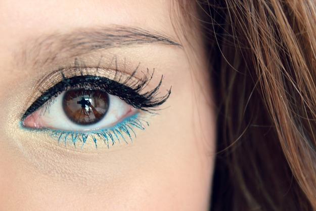 Blue-lower-lash-line-make-up