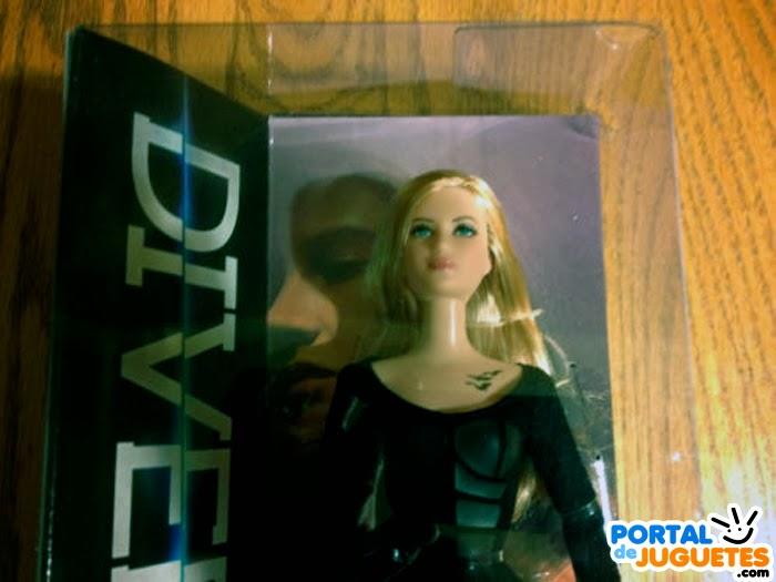 muñeca barbie tris divergente caja