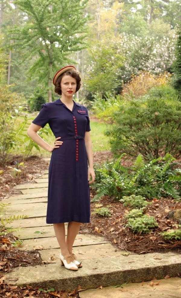 My Vintage Stroll #vintage #dress #1940s #style