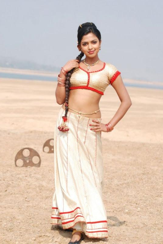 Amala Paul In Vettai Tamil Movie Hot Photos Latest Stills Photoshoot images