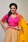 Sri Mukhi glamorous photo shoot-thumbnail-6