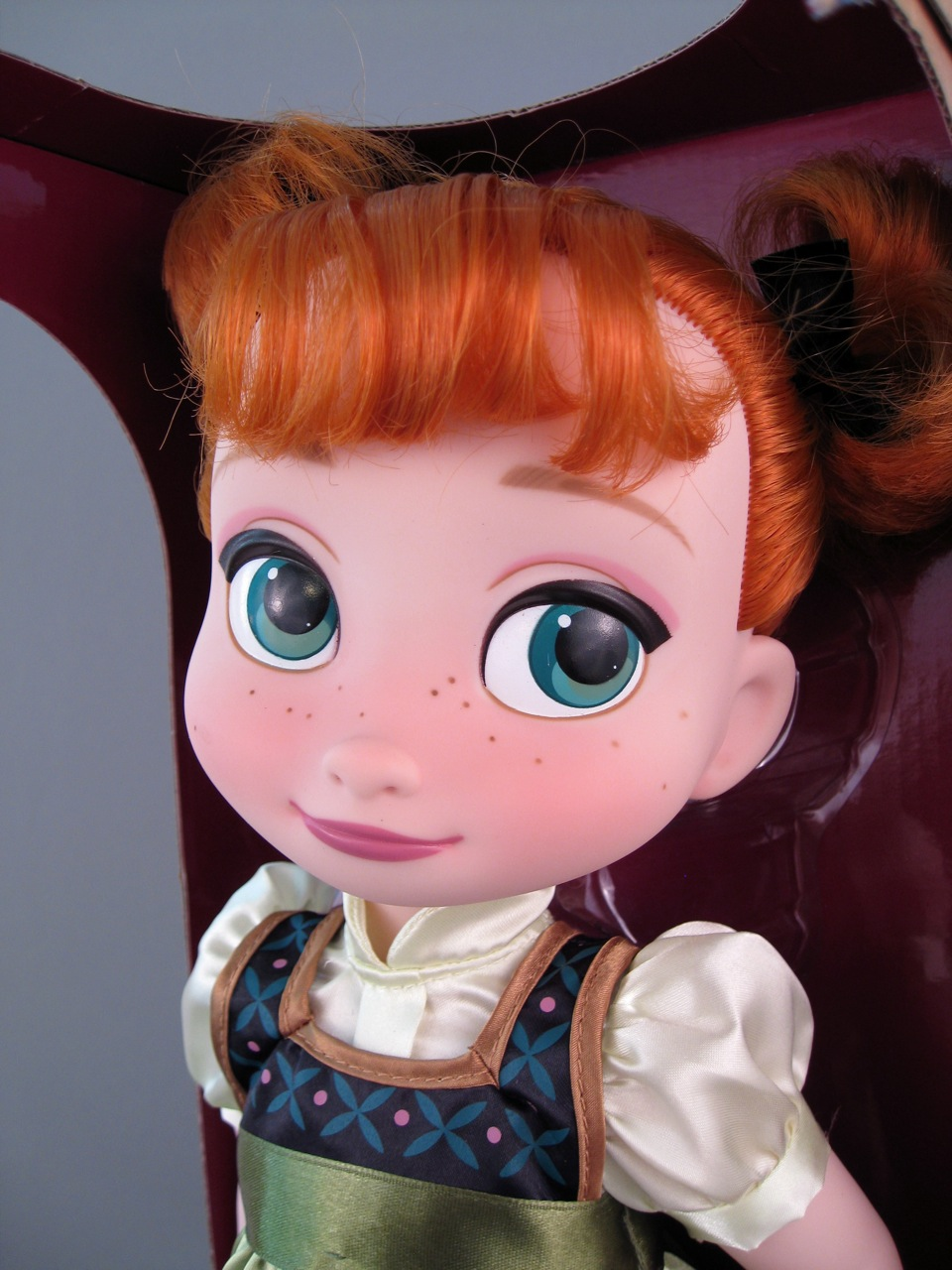 Animators' Frozen Anna Doll