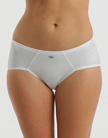 """<img src=""""berlei-running-brief-white-underwear.jpg"""" width=""""360"""" height=""""460"""" alt=""""Running Underwear"""">"""