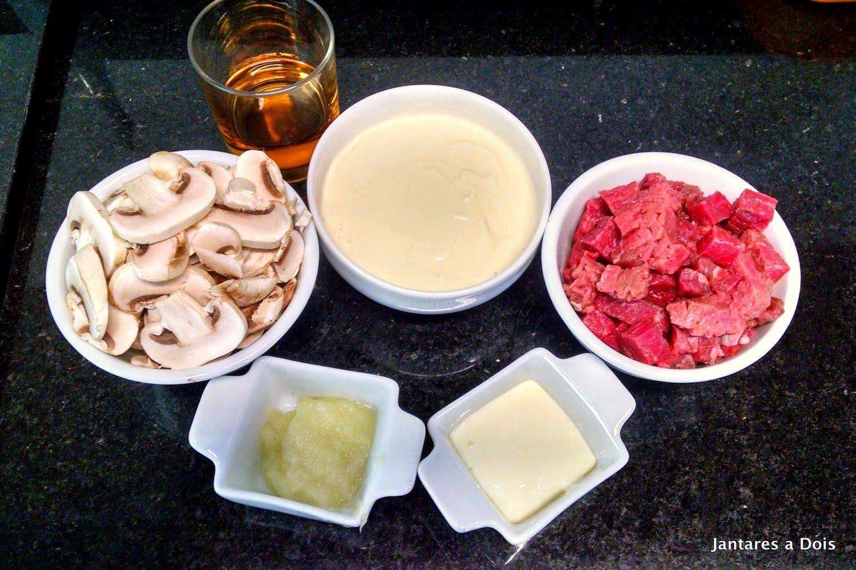 Ingredientes Estrogonofe de carne