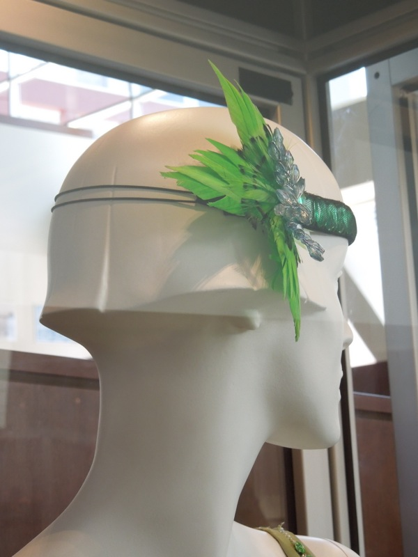 Green costume headdress Gatsby