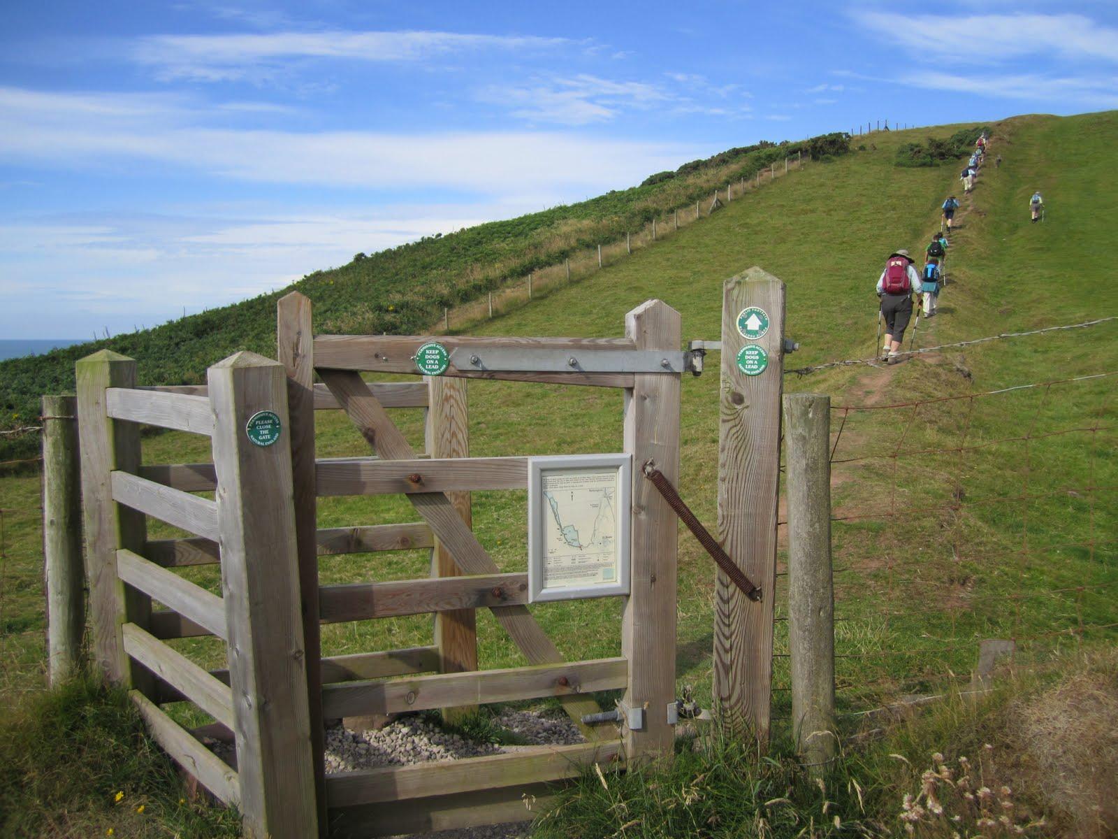 TravelMarx: Kissing Gates and Stiles - Wainwright Coast to