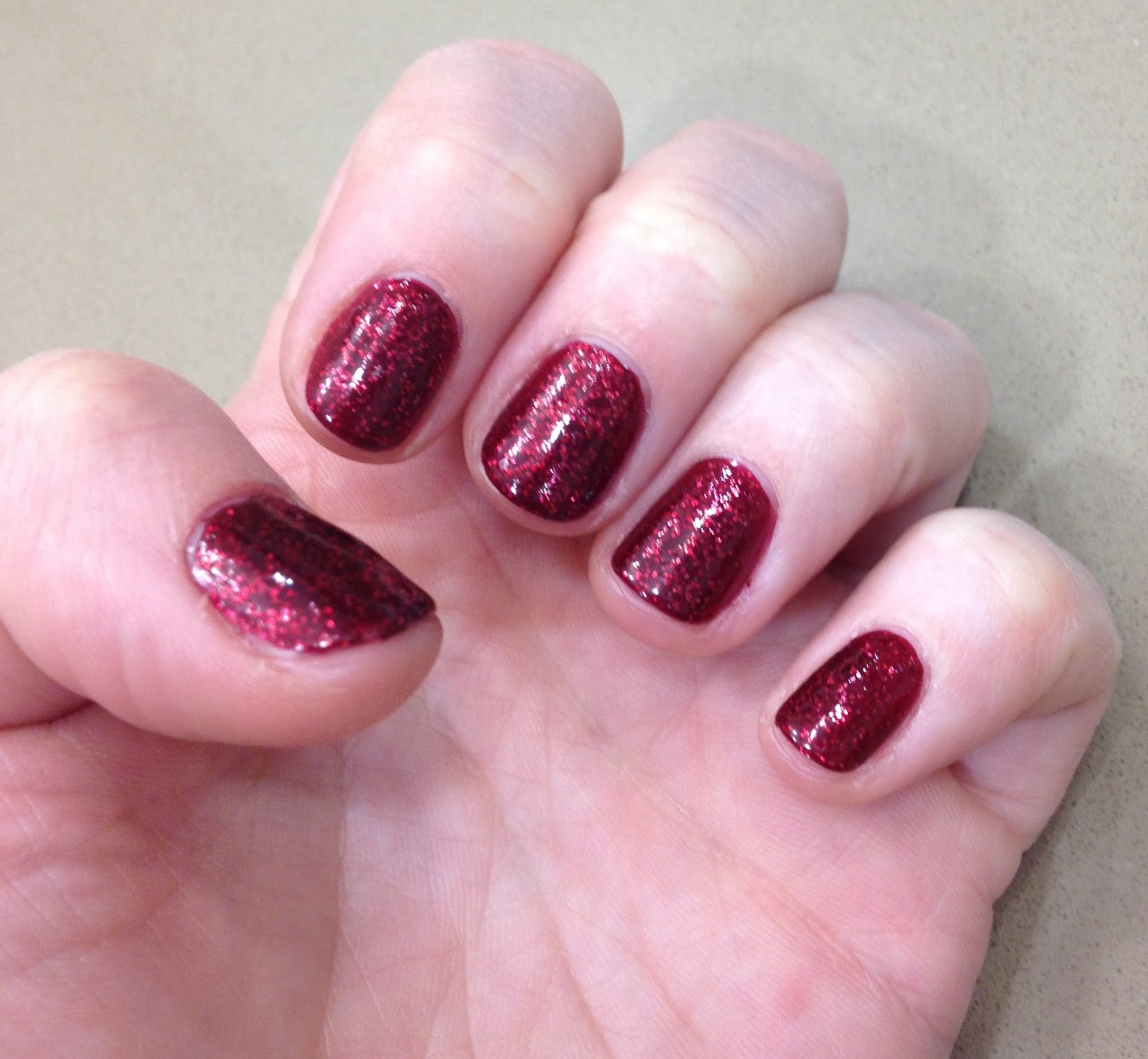 Winter Nail Polish: The Beauty Of Life: The Essie Nail Polishes I'm Obsessed